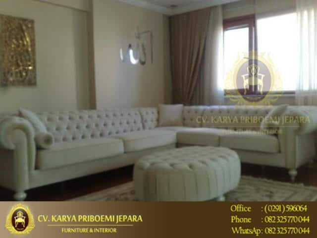 Sofa Chesterfield Model Sudut
